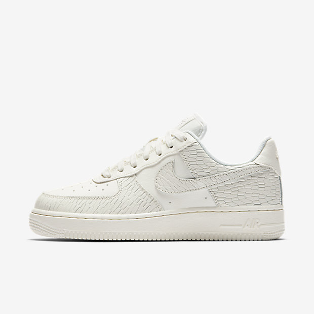 Scarpa Nike Air Force 1 07 Premium - Donna